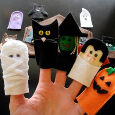 A Song of Sixpence: halloween puppets