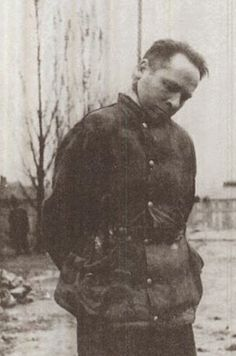 [Photo] Rudolf Höss on the gallows, Auschwitz Concentration Camp, Poland, 16 Apr 1947 The Third Reich, Personal History, Crime, The Victim, War Machine, World War Two, Beast, Forget, Florence Nightingale