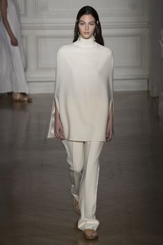 Valentino Spring 2017 Couture Fashion Show Collection