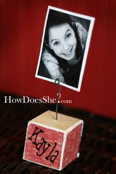 What a great photo-holder that can be made easily and inexpensively with kids' names on each block!