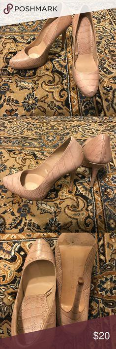 Zara Pink Heels Zara woman pastel pink heels. Zara Shoes Heels