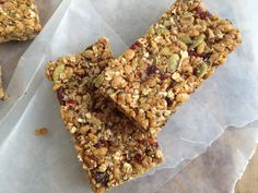 Homemade Clif Bars basically recipe and any flavor your little heart desires Healthy Cake, Healthy Work Snacks, Healthy Treats, Healthy Recipes, Healthy Food, Healthy Eating, Healthy Breakfasts, Clean Eating, Breakfast Food List