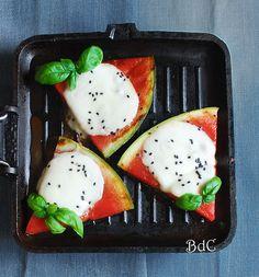 Grilled watermelon with cheese - Sandia a la plancha con queso