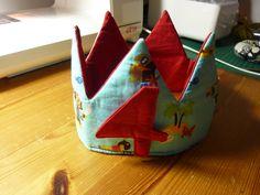 Foto zu Schnittmuster Geburtstagskrone (Faschingskrone) von Erbsenprinzessin