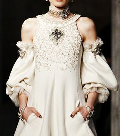 Chanel (2013). SWOON!!  I need to make these sleeves for SOMETHING! (plus recreating this for my future wedding dress??)