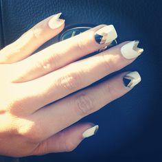 Hello nails