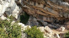 Cova Ebre en el Monte Caro, Parc Natural dels Ports, Tarragona