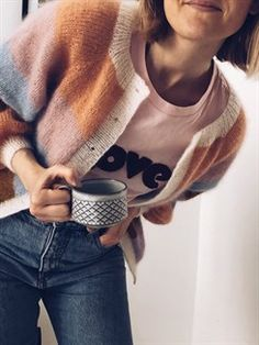 Hand Knitted Sweaters, Cozy Sweaters, Sweaters For Women, Gilet Mohair, Trendy Fashion, Kids Fashion, Sorbet, Knit Cardigan, Diy Clothes