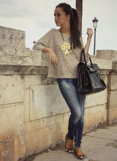 Beige sweater,Jeans,Leopard print flats