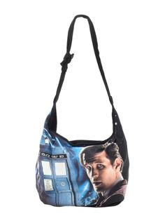 Hobo style bag with Eleventh Doctor design. Snap button closure.