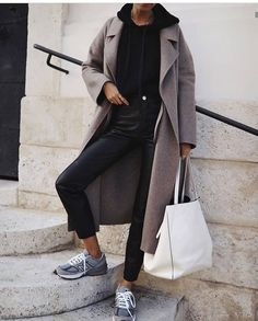Sunday uniform 🖤 I might have purchased the coat in every single colour 🙌🏻 Cashmere Fabric, Ootd, Sweater Coats, Coats For Women, Trendy Outfits, Autumn Fashion, Women Wear, Instagram, Normcore