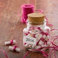 Qué es un memory jar. Cómo hacer un memory jar. ¿Estás cansada de los propósitos de año nuevo? ¿Te encuentras que todos los años terminas el año y tienes la sen