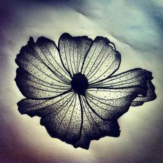 La prochaine fleur de @emelink! Envie d'un projet perso? Contact >> futurballistik@hotmail.com #tattooproject #sketchfortattoo #flowertattoo #frenchstyletattoo #tattoo #tatouage #tatoueur #tattooed #tattooink #tattooist #tattoostuff #tattooaddict #tattooartist #tattooartwork #abstractflower #artistetatoueur #ink #inked #inkedmag #inkaddict #inkreview #instattoo #dotworktattoo #design #dotwork #dotworkers #graphism #graphicdesign #graphictattoo #blackworkers