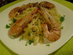 Λιγκουίνι με γαρίδες! πολύ νόστιμο πιάτο ! ~ ΜΑΓΕΙΡΙΚΗ ΚΑΙ ΣΥΝΤΑΓΕΣ Greek Recipes, Allrecipes, Risotto, Shrimp, Spaghetti, Pasta, Chicken, Meat, Dinner