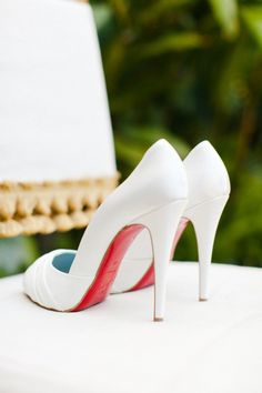 classic Louboutin   Photography by erinheartscourt.com