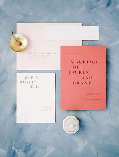 coral peach light pink modern wedding invitations | Photography: Jeremy Chou