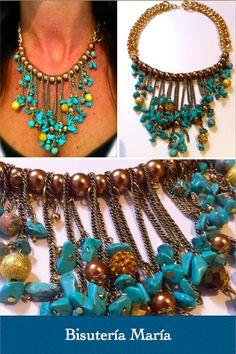 Exclusivo collar hecho a mano con cadena y perlas doradas, adornado con tiras de piedras turquesas y bolas Shamballa de strass. http://bisuteriamaria.es/tienda/collar-bizantino/