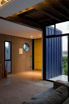 Casa Container by Plínio Dondon, via Flickr