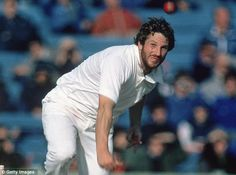 Sir Ian Botham - England's greatest ever cricketer? Certainly in my lifetime. 1981 - a magic year for Beefy. Ian Botham, England Cricket Team, Great Team, Bowling, No Time For Me, Baseball Cards, Magic, Sports, Battle