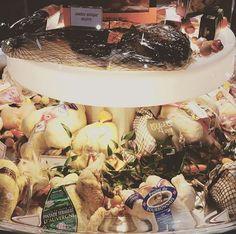 Volailles d'exception de chez Avigros à Rungis Poultry, Fine Dining, Products