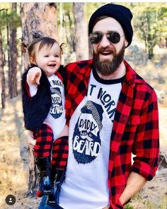 Matching daddy daughter shirts - Daddy beard tee / The Pine Torch. Father Daughter Shirts, Daddy Daughter, Fathers Day Shirts, Dad Onesie, Baby Daddy Shirt, Gifts For New Dads, Great Father's Day Gifts, I Love Beards, Hipster Babies