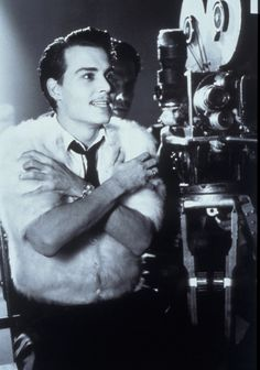 """""""Ed Wood"""" directed by Tim Burton. Johnny Depp in the title role shown. Ed Wood Movie, Movie Stars, Movie Tv, Tim Burton Art, Tim Burton Films, Sweeney Todd, Great Films, Good Movies, Johnny Depp Images"""