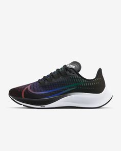 Nike Air Zoom Pegasus 37 BETRUE Women's Shoe. Nike.com Nike Trainer, Sneakers Fashion Outfits, Sneakers Mode, Nike Air Zoom Pegasus, Nike Free, Fitness, Nike Shoes, Clothes For Women, Xmas