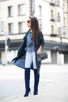 photo by Wengy Nguyen Blazer Outfits Casual, Navy Dress Outfits, Navy Blue Wedding Shoes, Navy Blue Boots, Wedding Navy, Blue Shoes Outfit, Booties Outfit, Outfit Work, Outfit Ideas
