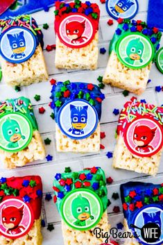Catboy, Owlette and Gekko are ready to save the day and make your little one smile with these PJ Masks Marshmallow Treats! Birthday Party Games For Kids, Birthday Party Treats, 3rd Birthday Parties, 4th Birthday, Torta Pj Mask, Pj Mask Party Decorations, Table Decorations, Pjmask Party, Party Ideas