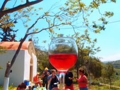 04-wine-tasting-crete-Creatieve-Workshops-kreta-griekenland-7771-320x240 Mykonos Greece, Crete Greece, Athens Greece, Holidays In September, Holiday News, Wine Tasting Near Me, Wine Coolers Drinks, Sonoma Wineries, Sangria Wine