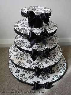 damask wedding cupcake stands | How to Make a Victorian Damask Cake Stand…