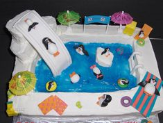 Penguin Birthday, Penguin Party, 7th Birthday, Birthday Cakes, Birthday Ideas, Pool Party Cakes, Pool Cake, Animal Party Food, Animal Cakes For Kids
