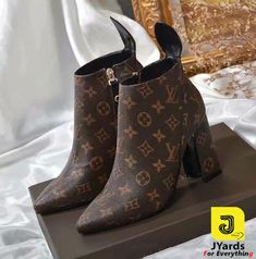 Lv Shoes, Me Too Shoes, Shoe Boots, Shoes Heels, Leather Riding Boots, Leather Booties, Monogram Boots, Louis Vuitton Heels, Heels Outfits