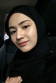 Hijab Fashion, Fashion Outfits, Fasion, Casual Hijab Outfit, Girl Hijab, Muslim Girls, Beautiful Hijab, Ulzzang Girl, Beauty Women