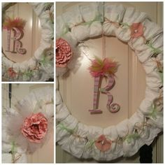 DIY diaper wreath Diy Diapers, Diaper Wreath, Woodland Baby, Holidays And Events, Baby Gifts, Floral Wreath, Wreaths, Crafty, Frame