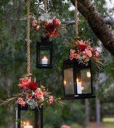 Faroles para bodas colgantes con flores en rosa para la decoración de tu…