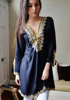 Noir avec or broderie traditionnelle robe tunique Marrakech - parfait comme vêtements, vêtements de détente, resortwear