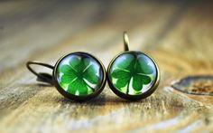 Ireland lucky clover earrings vintage earrings by Bernsteinufer