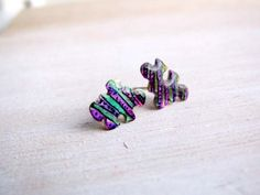 Tiny puzzle studs for kids - jigsaw puzzle post earrings in sterling silver - green and purple enamel - birthday gift for kids, teens, women Gothic Wedding Rings, Jigsaw Puzzles For Kids, Family Necklace, Birthday Gifts For Kids, Yellow Pattern, Engraved Rings, Beautiful Gift Boxes, Hand Engraving, Green And Purple