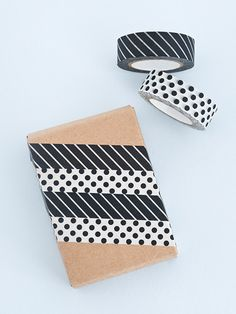 Washi Tape Gift wrapping with black and white washi tape