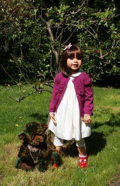 Darcey in the garden (Monika Leveing doll)
