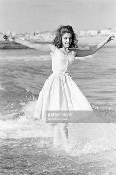 Rendezvous With Lamia Solh. Beyrouth- Octobre 1961- A l'occasion de son mariage avec le prince Moulay Abdallah DU MAROC, Lamia SOLH, fille du libérateur du Liban Riad