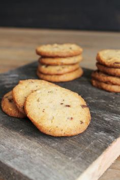Leipomo Cookies, Desserts, Food, Crack Crackers, Tailgate Desserts, Deserts, Biscuits, Essen, Postres
