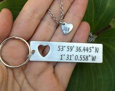 Militär Paare Geschenk | Freund Geschenk - Paare Satz-Custom koordinieren Schlüsselanhänger mit Ausschneiden Herz Halskette | Jubiläum-GPS-Schlüsselanhänger