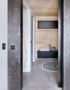 Finnish Sauna - via Coco Lapine Design Scandinavian Interior Design, Beautiful Interior Design, Beautiful Architecture, Modern Saunas, Sauna House, Nailart, Sauna Design, Finnish Sauna, Minimalist Interior