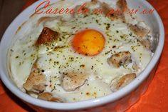 Caserola cu pui si ou - RETETE DUKAN Dukan Diet, Tasty, Yummy Food, Bacon, Food And Drink, Eggs, Keto, Breakfast, Recipes