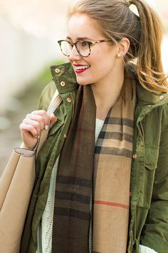 New England Classic Style | Olive green field jacket | Camel plaid scarf, #preppy, #burberry