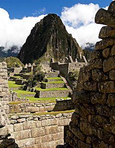 Sunrise At Machu Picchu   Peru Budget & Value Tours Peru   Peru Travel Now
