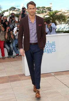How to Dress Like Ryan Reynolds #StealHisStyle