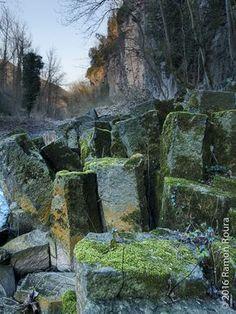 A Sant Joan les Fonts (Cingles de Fontfreda) - Gorgues de la Garrotxa (i altres) TIPUS ACTIVITAT: excursiones / excursions gorgues